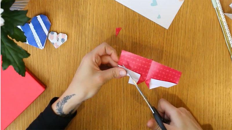 DIY marque page coeur 7